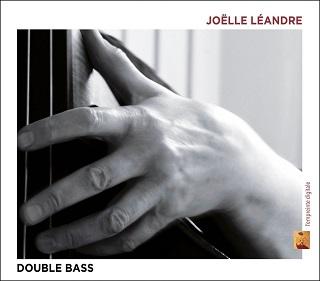 En dix-neuf pièces, Joëlle Léandre joue son propre travail et celui des autres