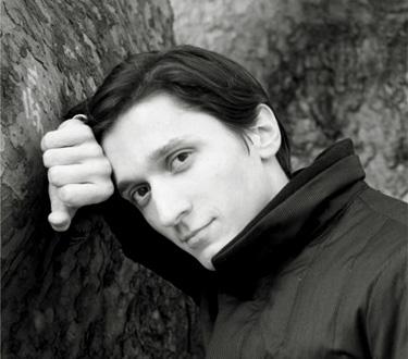 le jeune pianiste ukrainien Alexander Romanovsky