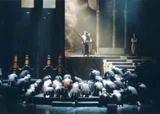 grandiose Turandot (Puccini) à l'Opéra-Théâtre d'Avignon et des Pays de Vaucluse