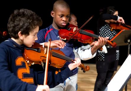 les enfants musiciens du festival 1, 2, 2 Opéra !