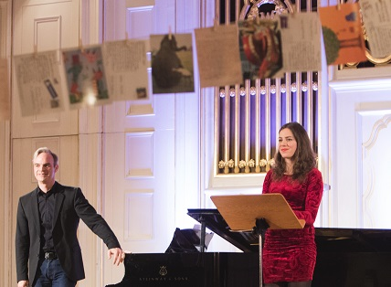 le soprano Deniz Uzun et le pianiste Tobias Truniger jouent Miroslav Srnka