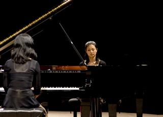 les soeurs Kodama jouent Mozart au Festival de La Roque d'Anthéron