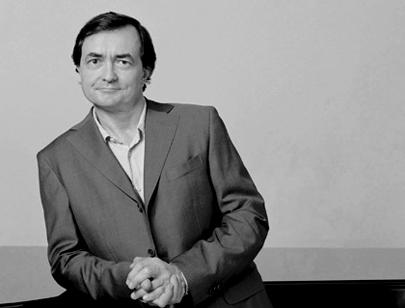 le pianiste français Pierre-Laurent Aimard photographié par Felix Broede