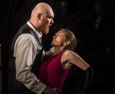 Jenny Miller met en scène Anna Bolena au Longborough Festival Opera