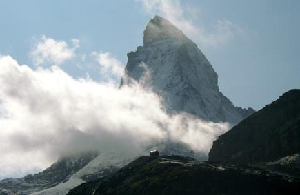 nuage de glace au pied du Cervin © Bertrand Bolognesi