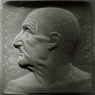 bas-relief représentant Anton Bruckner, sur la façade de sa maison viennoise