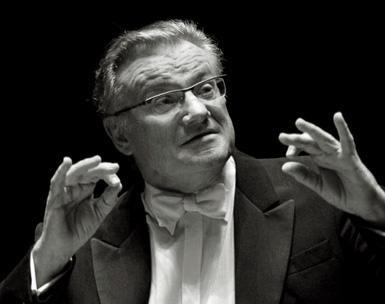 Pierre Cao dirige la Messe en si de Bach au Théâtre des Champs-Élysées (Paris)