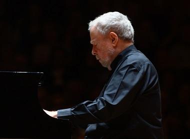 Deuxième Concerto de Brahms par Nelson Freire, à Lille Piano(s) Festival