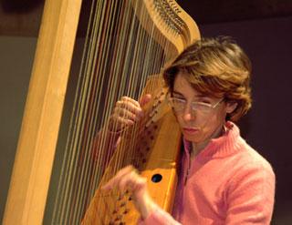 Mara Galassi aux Journées de la harpe, Arles 2005