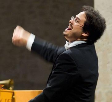 le jeune Leonardo García Alarcón dirige un programme baroque latino à Gaveau