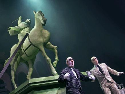 à Copenhague, Kasper Holten met en scène Le Grand Macabre de Ligeti