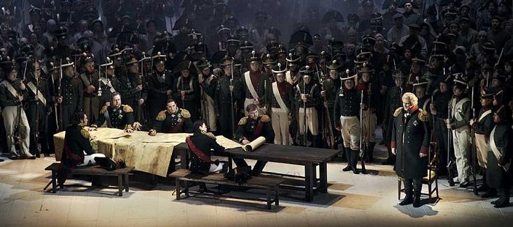 Felix Korobov joue Guerre et paix, célèbre opéra de Prokofiev