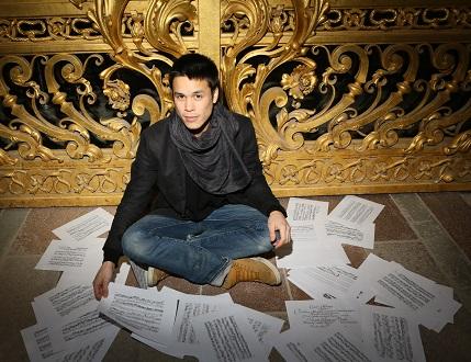 en l'Abbaye de Royaumont, le claviériste Jean-Luc Ho joue Froberger