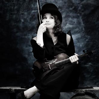 l'excellente violoniste Patricia Kopatchinskaja joue Ligeti à Berlin