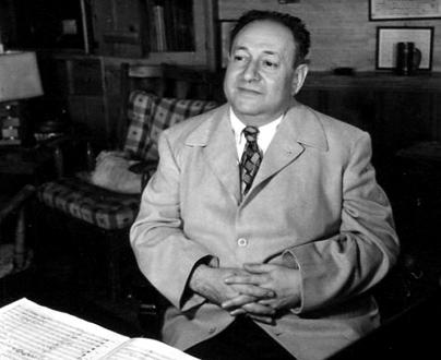 le compositeur austro-américain Erich Wolfgang Korngold (1897-1957)