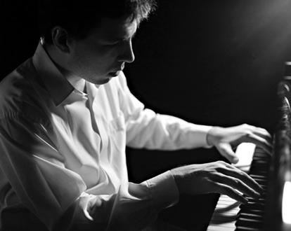 le jeune pianiste russe Andreï Korobeïnikov en récital au Louvre