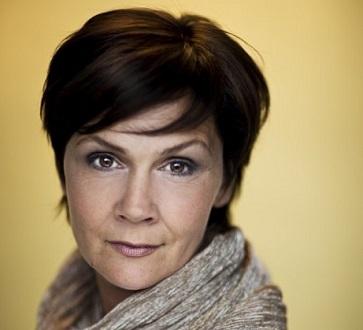 superbe Anna Larsson (contralto) dans la Troisième de Mahler avec l'ONF