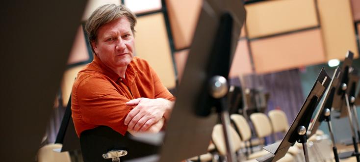 Marko Letonja joue la musique de Kaija Saariaho à la tête de l'OPS
