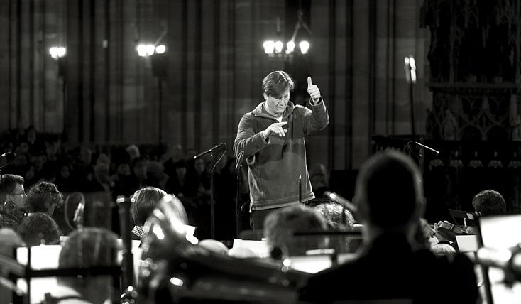 le chef slovène Marko Letonja et l'Orchestre Philharmonique de Strasbourg