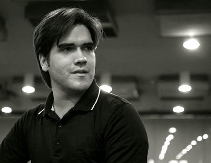 le jeune chef Manuel López-Gómez ouvre Présences à la tête du Philhar'