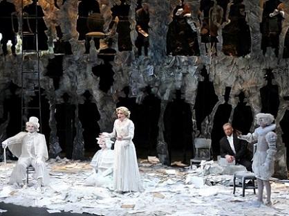 L'affaire Makropoulos (Janáček) à l'Opéra de Massy