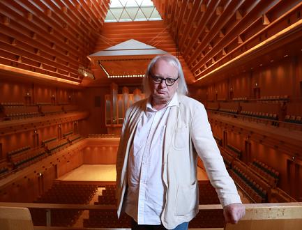 """Le compositeur Philippe Manoury dont le Philhar' joue """"Saccades"""""""