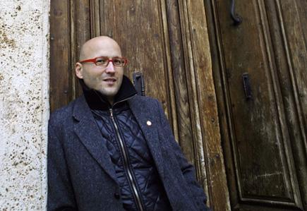 le chef Enrique Mazzola, photographié par Maurizio Berlincioni