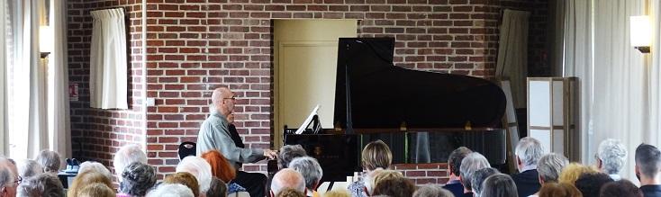 Au Festival de Saint-Riquier 2019, Roger Muraro joue Olivier Messiaen...