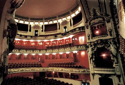 intérieur du théâtre constuit par Joseph Hornecker à Nancy en 1919