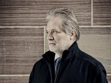 Péter Eötvös dirige l'Orchestre de Paris dans un programme hongrois
