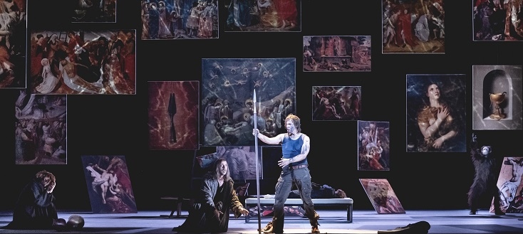 à Strasbourg, le jeune Thomas Blondelle incarne Parsifal (Wagner)