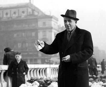Francis Poulenc (1899-1963), dit Poupoule, le papa des Mamelles de Tirésias...