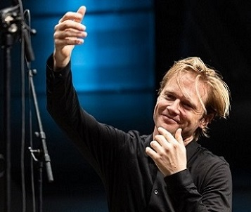 Bas Wiegers joue Mark Andre, Gordon Kampe et Nicole Lizée à Donaueschingen