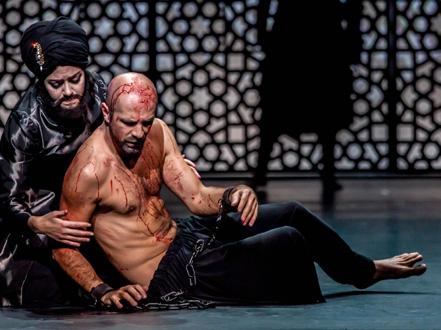 Max Emanuel Cenčić et Siroe, dans sa propre mise en scène de l'opéra d'Hasse