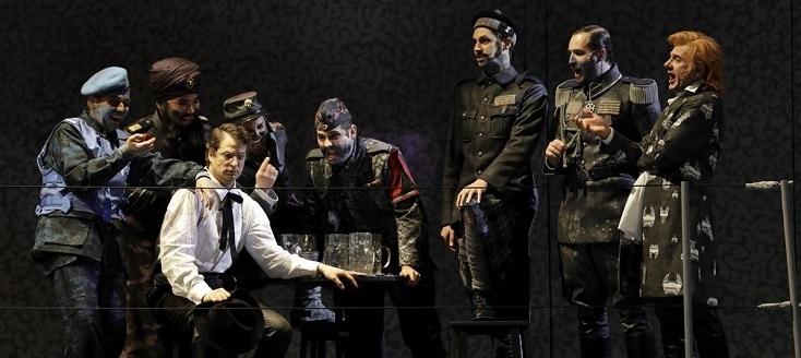 """La Fura dels Baus signe """"Die Soldaten"""" de Zimmermann à l'Opéra de Cologne"""