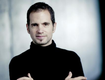 Jonathan Stockhammer dirige l'Orchestre national de Lyon