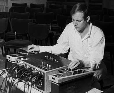 de Karlheinz Stockhausen, l'ensemble Sillages joue Mikrophonie (1964)