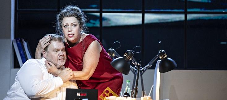 """Au Festival d'Aix-en-Provence 2021, Simon Rattle joue """"Tristan und Isolde"""""""