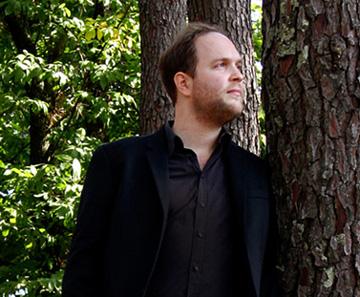 Au festival de La Roque d'Anthéron, Jonas Vitaud joue Tchaïkovski