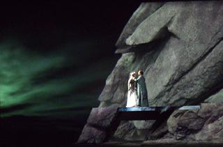 Charles Roubaud signe une fort belle Walkyrie à l'Opéra de Marseille