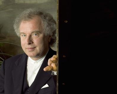 Le pianiste hongrois András Schiff en récital à Paris
