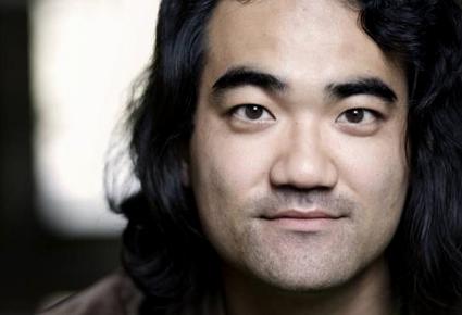 le compositeur japonais Dai Fujikura photographié par Astrid Ackermann