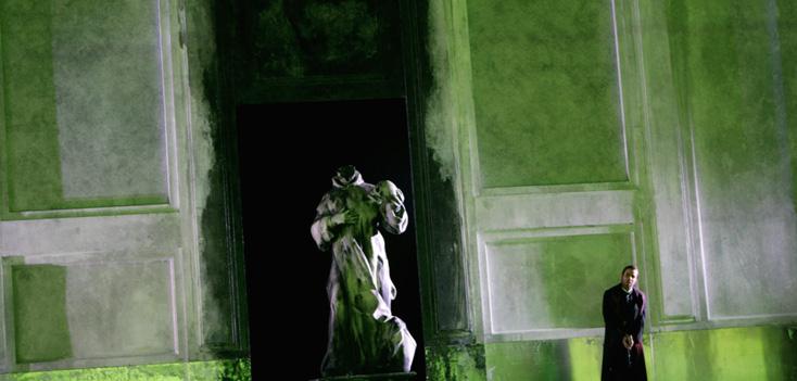 Paul Claire photographie l'opéra de Péter Eötvös à Glyndebourne