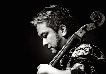 le violoncelluste Éric-Maria Couturier photographié par Stéphane Barbery