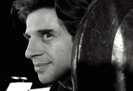 le percussioniste Florent Jodelet joue la musique de Marco Stroppa