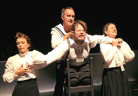 Geschichte, opérette d'Oscar Stranoy, photographiée par Robert Bulgrin