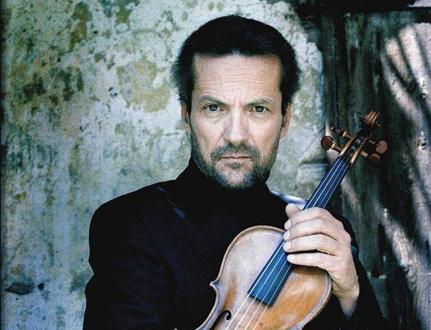 le violoniste italien Giuliano Carmignola joue Vivaldi à Ambronay