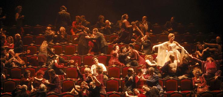 Les contes d'Hoffmann (Offenbach) mis en scène par Carsen à l'Opéra Bastille