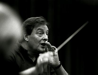 le chef britannique Howard Griffiths dirige le Zürcher Kammerorchester