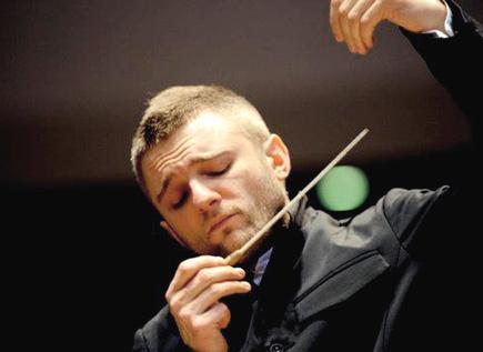 le chef d'orchestre ukrainien Kirill Karabits photograpié par Sasha Gusov
